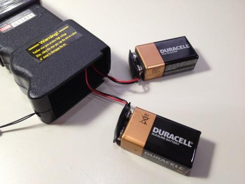 スタンガンの電池の接続方法 電池の接続