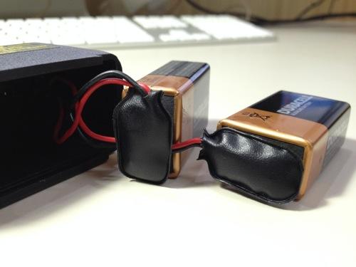 スタンガンの電池の接続方法(裏技) 2個目の電池を接続