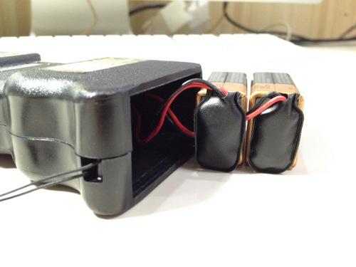 スタンガンの電池の接続方法(裏技) 接続が完了した様子