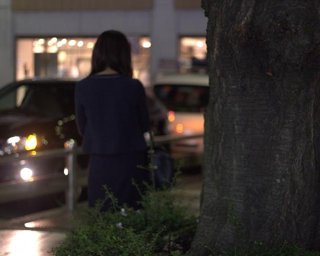 夜道の女性の防犯と安全対策